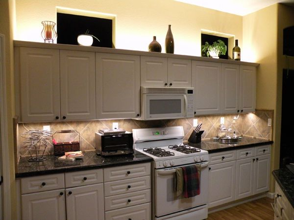 kitchen cabinet accent lighting. Accent Lighting Above Cabinet And Task Below \u2013 Bismarck ND Kitchen N